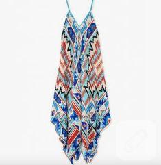 Dört tülbentten elbise nasıl yapılır, şablon ile anlatmaya çalıştık. 10marifet.org'a gelin, tülbentten kolay ve şık elbiseler nasıl yapılır, siz de görün.