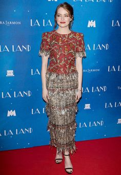 Emma Stone showed up to the premiere of her award-winning film in Paris in the most enviable Chanel getup.