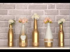 Discover recipes, home ideas, style inspiration and other ideas to try. Decor Crafts, Home Crafts, Diy And Crafts, Wine Bottle Crafts, Bottle Art, Diy Holiday Gifts, Christmas Diy, Bottle Centerpieces, Wedding Glasses