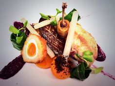 jan bretschneider ‏@janbretschneide 10h Quail with mixed berry mustard and summer squash @Langshottmanor @TakeStockMag @CanteenTweets pic.twitter.com/avDDi1BKRy Nov/Dec