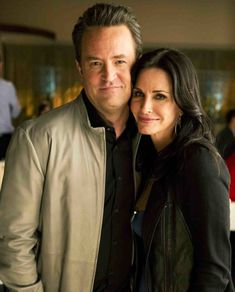 OMG!: Are 'Friends' Costars Courteney Cox and Matthew Perry Dating?!