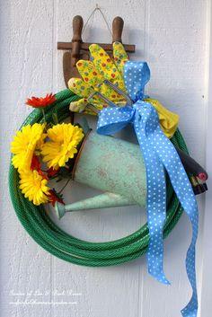 DIY ~ Garden Hose Wreaths http://ourfairfieldhomeandgarden.com/diy-garden-hose-wreaths/