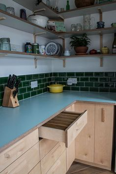 Wolfetone Kitchen Birch ply kitchen cabinets with Formica and birch plywood worktops. Plywood Cabinets Kitchen, Birch Cabinets, Kitchen Worktop, Wooden Kitchen, Kitchen Furniture, Kitchen Decor, Kitchen Ideas, New Kitchen Designs, Kitchenette