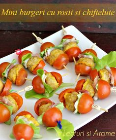 cu carne Archives - Page 3 of 12 - Lecturi si Arome Yummy Appetizers, Appetizers For Party, Tapas, Food Carving, Small Desserts, Cooking Recipes, Healthy Recipes, Brunch, Appetisers