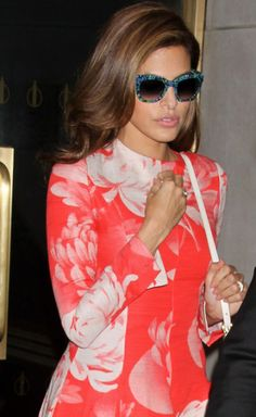 Eva Mendes in occhiali da sole Thierry Lasry Eva Mendes, Jonathan Saunders, Celebs, Celebrities, Celebrity Hairstyles, Her Style, Fashion Beauty, Celebrity Style, Cool Outfits