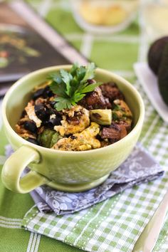 #HEALTHYRECIPE - Ground Beef, Eggs and Avocado Breakfast Bowl