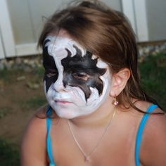 Even #prettygirls wear #GeneSimmons #KISSmakeup for a #Halloween #costume!