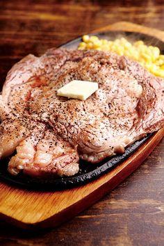 そのビジュアルだけで思わずテンションも上がる、肉好きにとっての夢のパラダイス! 素材に絶対的な自信を持つ、東京の「ステーキ」の名店を一挙に紹介!