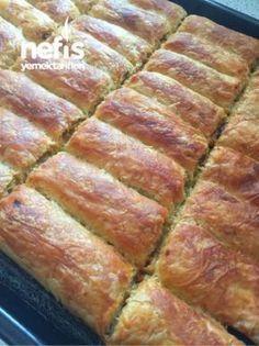 Crispy Beef Pie with Crispy Leek - Rezepte Mince Pies, Beef Pies, Banana Pudding, Banana Bread, Crispy Beef, Empanadas Recipe, Yummy Food, Tasty, Yummy Recipes