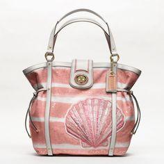 I am not a Coach fan but I do like this bag!