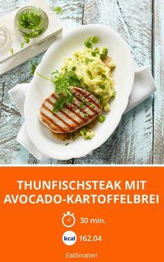 Thunfischsteak mit Avocado-Kartoffelbrei - smarter - Zeit: 30 Min. | eatsmarter.de