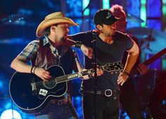 Jason Aldean and Luke Bryan wondering what has caught their eye.