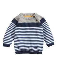 Shop kids clothing and baby clothes at H&M – We offer a wide selection of children's clothing at the best price. Little Boy Fashion, Kids Fashion Boy, Toddler Fashion, Knitting Patterns Boys, Baby Knitting, Baby Boy Outfits, Kids Outfits, Pull Bebe, Baby Pullover