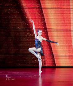 "Ulyana Lopatkina (Mariinsky Ballet)  ""Tango"" from ""Golden Age"" State Kremlin Palace 2014 Kremlin Gala: The Ballet Stars of 21th Century (2014/9/27)"