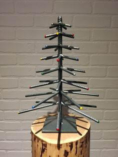 """Determine additional information on """"metal tree art decor"""". Browse through our internet site. Welding Classes, Welding Art Projects, Metal Art Projects, Metal Tree Wall Art, Scrap Metal Art, Types Of Welding, Metal Welding, Diy Welding, Welding Tools"""