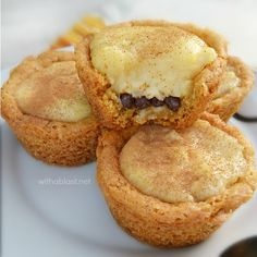 Milk Tart Cookie Cups are traditional South-African Milk Tart filling filled in a crunchy sugar Cookie Cup - delicious, creamy sweet treats ! Tart Recipes, Cookie Recipes, Dessert Recipes, Custard Recipes, Oven Recipes, Milk Recipes, Yummy Recipes, Easy Desserts, Delicious Desserts