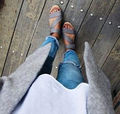cardigan sweater | plain tee | ripped denim jeans | sandals | neutral colors