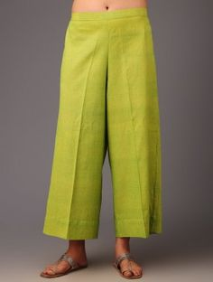 10 Ways To Redesign The Treasures Of Your Mom's Closet Palazzo Pants Indian, Cotton Palazzo Pants, Palazzo Pants Online, Kurti Designs Party Wear, Kurta Designs, Blouse Designs, Pallazo Pants, Salwar Pants, Salwar Kameez