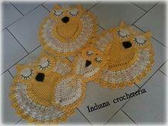 Jogo de banheiro corujinhas dorminhocas!  Aceitamos encomendas  Instagram Indiana_crocheteria  Página no Facebook indianacrocheteria @indianacrocheemgeral
