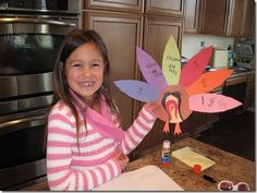 Thankful Turkey http://www.confessionsofahomeschooler.com/blog/2011/11/thankful-turkey-kids-craft.html