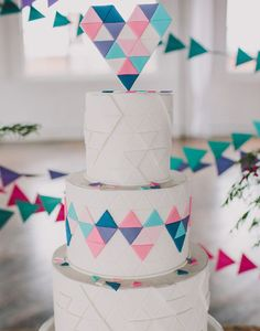 Triangles cake