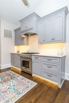 Gray cabinet color trend from MasterBrand Cabinets featured in ...