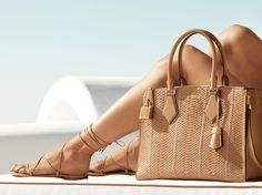 Master the perfect tan this spring with our Casey satchel. #StyleTip