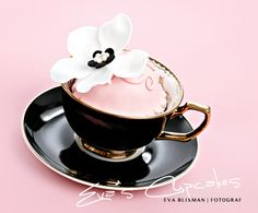 awesome way to serve for a coffee/tea party... especially if you have a teacup collection