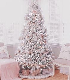 My December List of Favorites Pink Christmas Decorations, Cool Christmas Trees, Christmas Rose, Shabby Chic Christmas, Elegant Christmas, Cozy Christmas, Xmas Tree, Christmas Tree Inspiration, Sweet Dreams