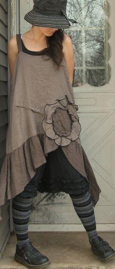 Black Linen Miniruffle Shorts M от sarahclemensclothing на Etsy