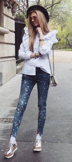 5d9e583202 street style addict  hat + bag + shirt + skinnies Moda Nastolatek