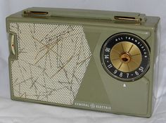 Vintage General Electric 5 Transistor Radio, Model P775A, Broadcast Band Only (MW), Made In USA, Circa 1959.