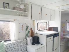 diy living room makeover - Living area tips grey -: Let have a look at a lot:no:no, Browse the web right nowThe Beautiful of Rooster Kitchen Decor — TEDX Designs Retro Caravan, Camper Caravan, Fendt Caravan, Hymer, Caravan Makeover, Kitchen Decor Themes, Home Decor, Vintage Caravans, Camper Renovation
