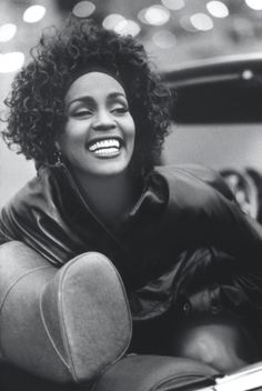 whitney houston <3