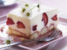 Tiramisu mit Erdbeeren - smarter - Zeit: 40 Min. | eatsmarter.de