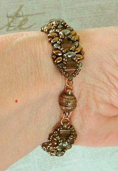 Linda's Crafty Inspirations: Pattern Review: Dragonfly Bracelet