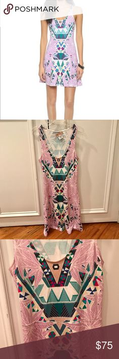 Mara Hoffman Ponte Circle Dress. Size S Adorable Mara Hoffman dress in a fun lilac print. Size Small. It's in great condition as I've only worn twice. Reasonable offers welcome:) Mara Hoffman Dresses