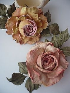 ideas wedding spring flowers decoration beautiful for post_tags] The Effective Pictures We Offer You About DIY Fabric Flowers for dresses A quality picture can tell you many things. Crepe Paper Flowers, Silk Flowers, Dried Flowers, Spring Flowers, Fabric Flowers, Flower Crafts, Flower Art, Band Kunst, Diy Fleur