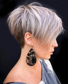 Short White Hair, Short Hair With Layers, Short Hair Cuts For Women, Short Hairstyles For Women, Short Hair Styles, Hairstyle Short, Short Cropped Hair, Funky Short Hair, Short Hair Trends