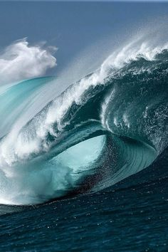 What an awesome wave,