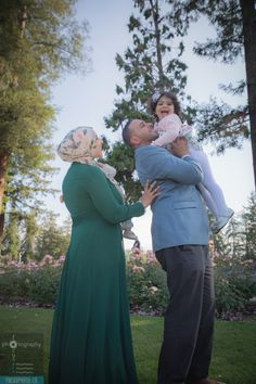 Marwa, Emmad, Noor, & Adam enjoying a stroll through the #SanJose #Rose #Garden. #California #BayArea #FocusPhotoCo
