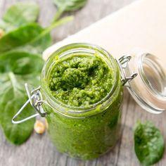 Extra gezonde walnoot-spinazie pesto