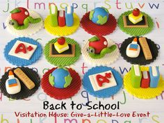 back to school cake toppers back to school theme back to school favors back to school party Fondant Cupcakes, Fondant Toppers, Fun Cupcakes, Cupcake Cookies, Teacher Cupcakes, School Cupcakes, School Cake, Valentine Cupcakes, Cupcakes Design