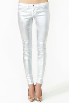Moon Walk Skinny Jeans by Nasty Gal High Fashion, Fashion Beauty, Womens Fashion, Dressing, Glamour, Western Wear, Colored Jeans, Jeans Style, Style Me