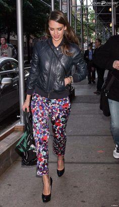 Jessica Alba à New York le 10 mai 2012 dans un look estival