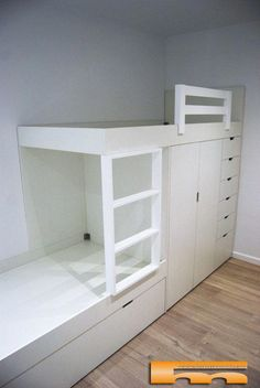 litera_tren_a_medida_habitacion_infantil_Armario_Roger_Castelldefels - - coole ideen jugendzimmer Bed For Girls Room, Beds For Small Spaces, Small Room Bedroom, Girl Room, Bunk Bed Rooms, Kids Bunk Beds, Bedrooms, Small Room Design, Kids Room Design