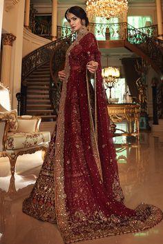 Pakistani Fashion Party Wear, Pakistani Wedding Outfits, Indian Bridal Outfits, Pakistani Bridal Dresses, Wedding Lehnga, Indian Wedding Gowns, Wedding Dresses For Girls, Indian Weddings, Fancy Dress Design