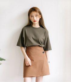 Korean Fashion Blog online style trend Korean Girl Fashion, Korean Fashion Trends, Ulzzang Fashion, Korean Street Fashion, Korea Fashion, Asian Fashion, Daily Fashion, Fashion Online, Style Japonais