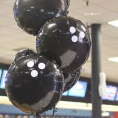 Bowling Party : Easy to make bowling ball balloons : tons of loot bag ideas and more