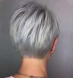 Hair Beauty - Gray Lace Frontal Wigs covering gray hair with blonde – Fashion Wigs Short Silver Hair, Short Grey Hair, Short Hair Cuts, Short Hair Styles, Pixie Cuts, Short Pixie, Short Stacked Hair, Long Hair, Shampoo For Gray Hair